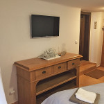 Pension Wok Český Krumlov, Room No.1, satellite TV, a kettle and tea set